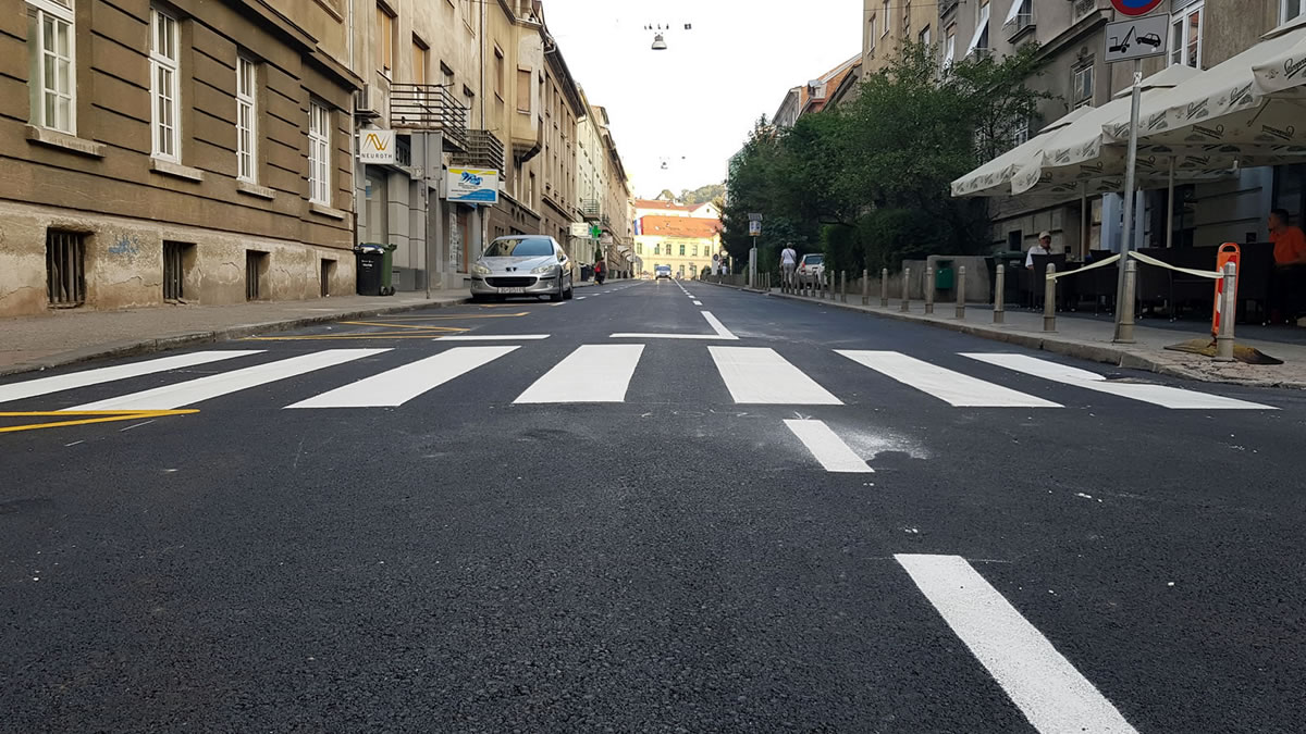 vinogradska ulica, zagreb / kolovoz 2019.