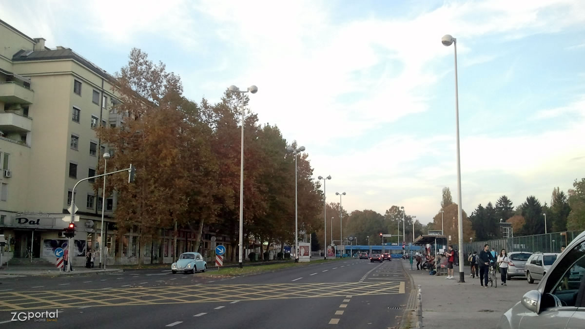 autobusni terminal svetice zagreb / listopad 2013.