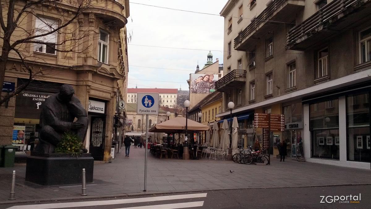 spomenik nikoli tesli / preradovićeva ulica, zagreb / veljača 2015.