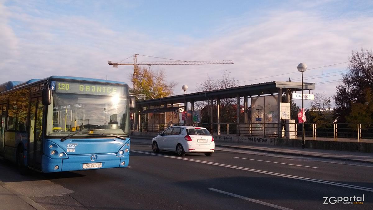 """željeznička stanica """"gajnice"""" / zagreb, studeni 2015."""
