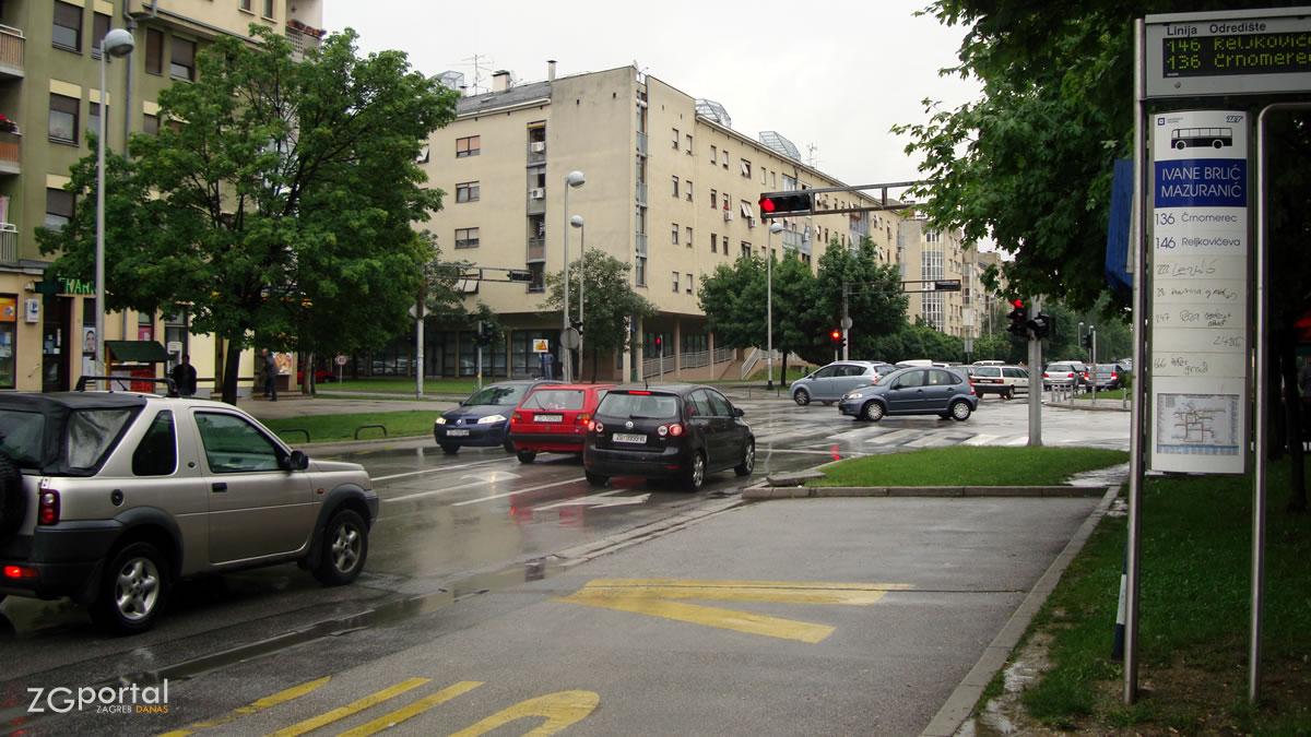 ulica ivane brlić mažuranić, malešnica, zagreb / rujan 2015