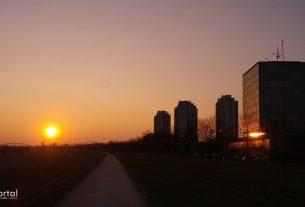 zalazak sunca u zagrebu / savski nasip, cvjetno naselje, trnje, zagreb / veljača 2015