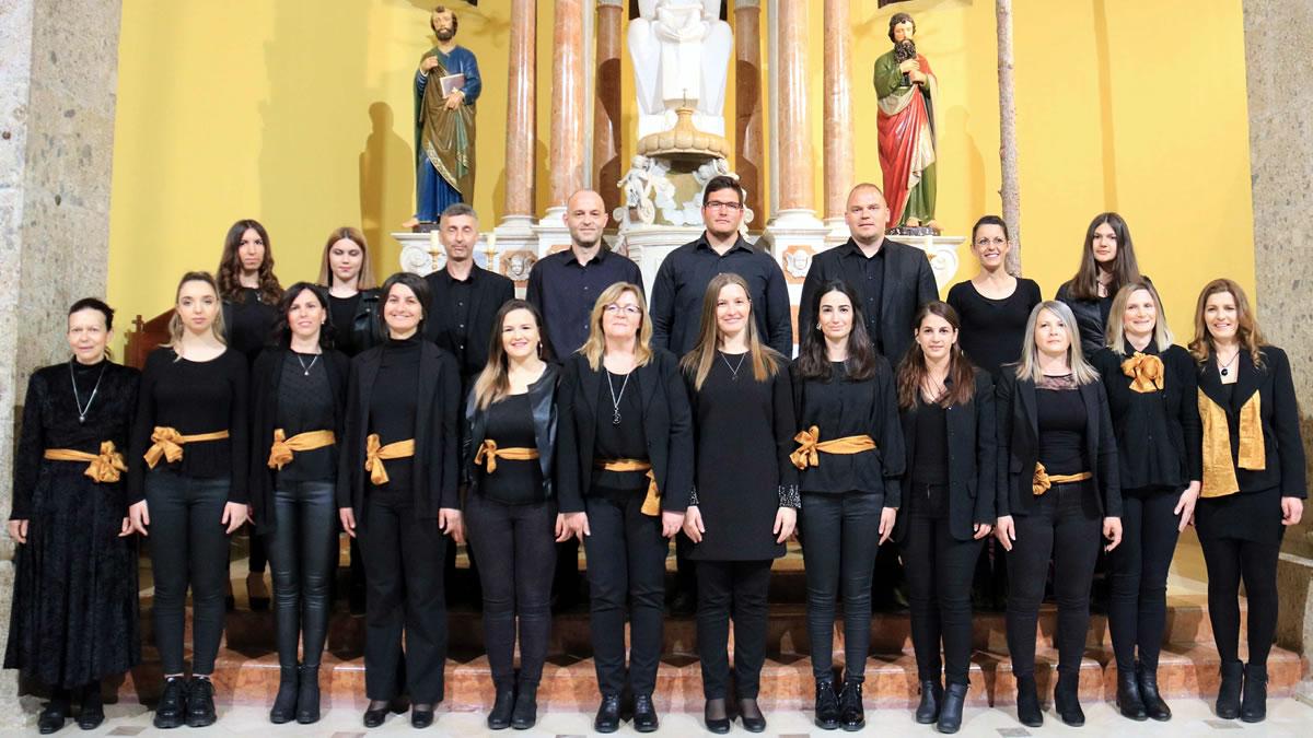 """gradski pjevački zbor """"neuma"""" drniš 2019"""