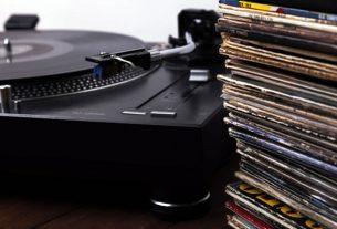 gramofon i gramofonske ploče - 2019