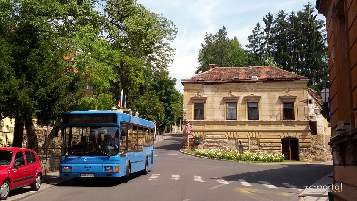zet bus 105 / jurjevska ulica, zagreb / srpanj 2015.