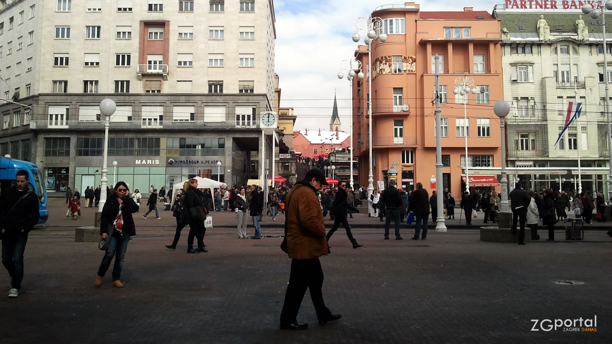 trg bana jelačića, zagreb / veljača 2013.