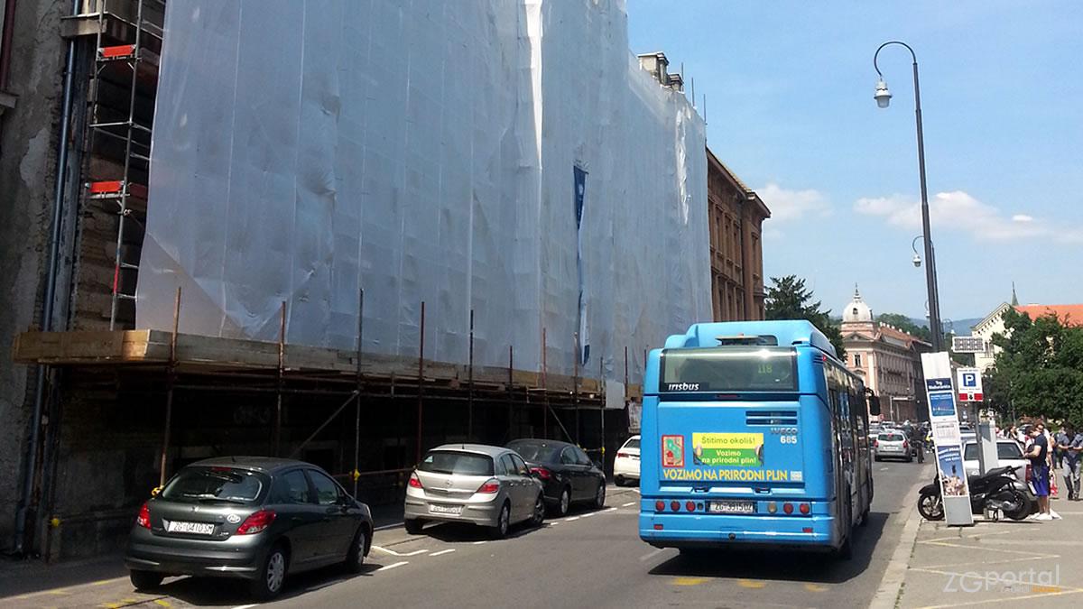obnova etnografskog muzeja - marulićev trg, zagreb - autobus zet 118 - svibanj 2017.