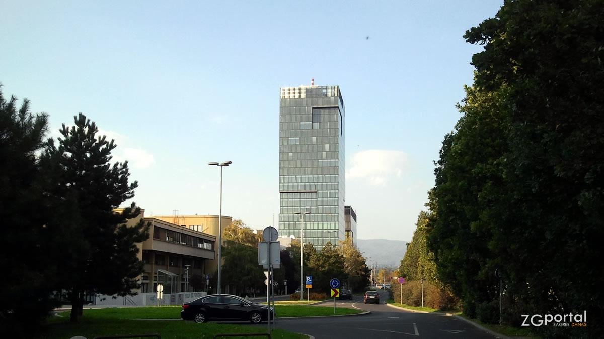 erste banka - ulica ivana lučića zagreb - listopad 2012.