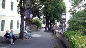 "skulptura ""matoš na klupi"" / strossmayerovo šetalište, zagreb / srpanj 2012."